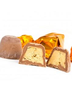 Bombones de Chocolate con Leche rellenos de Turrón Artesano